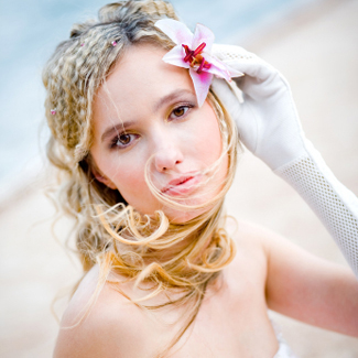 bride with lily in hair